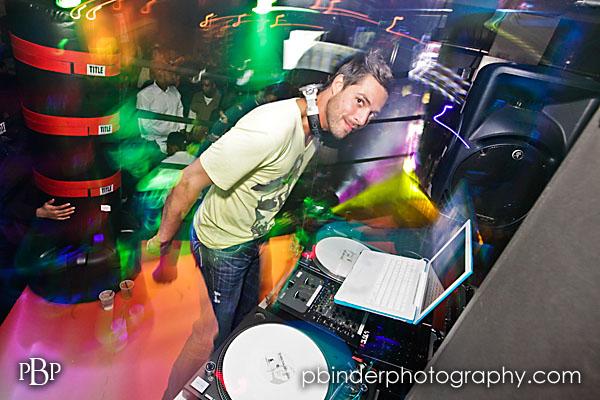 kansas city dj/club photography by patrick binder